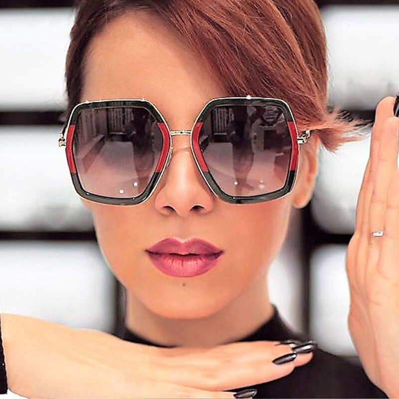 Trendy Hot Shiny Sunglasses Women 2018 New Oversized Square G Red Green Brand Sun Glasses Designer Fashion Female Shades Oculos