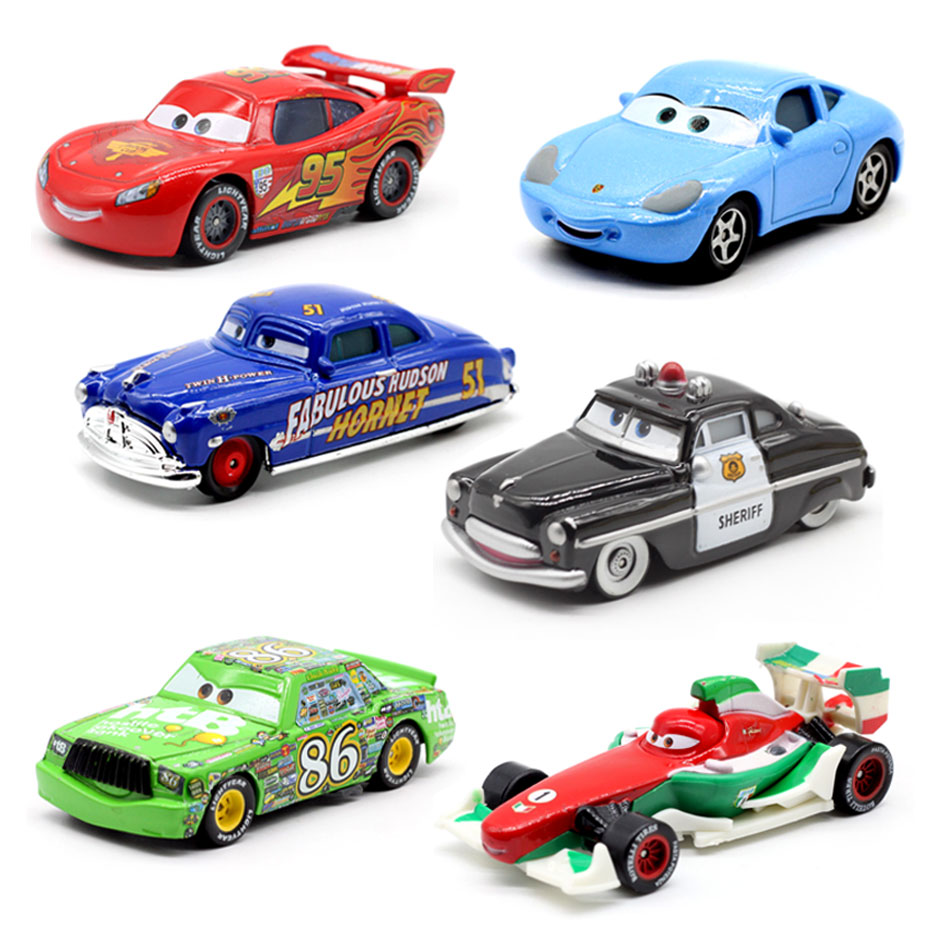 Disney машинок пиксара и гонки с рисунками из мультфильма «Тачки 2 3 игрушки Lightnig Маккуин Mater Джексон Storm Ramirez 1:55 Diecast металлического сплава модел...