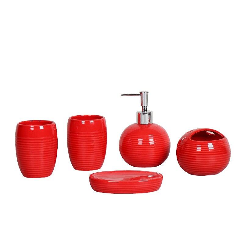 اكسسوارات الحمام الأوروبي الأدوات الصحية بالسيراميك خمس قطع مجموعة أدوات الحمام غسل مجموعة الأسنان بالفرشاة الغرغرة صندوق الصابون