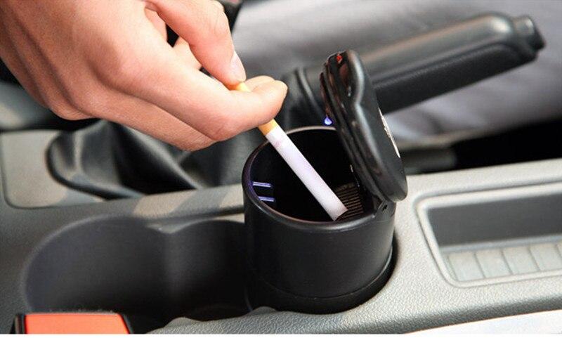Decoración de coche LED Cenicero azul claro soporte de humo Copa Auto camión LED cigarrillo Cenicero ceniza cilindro taza soporte envío gratis
