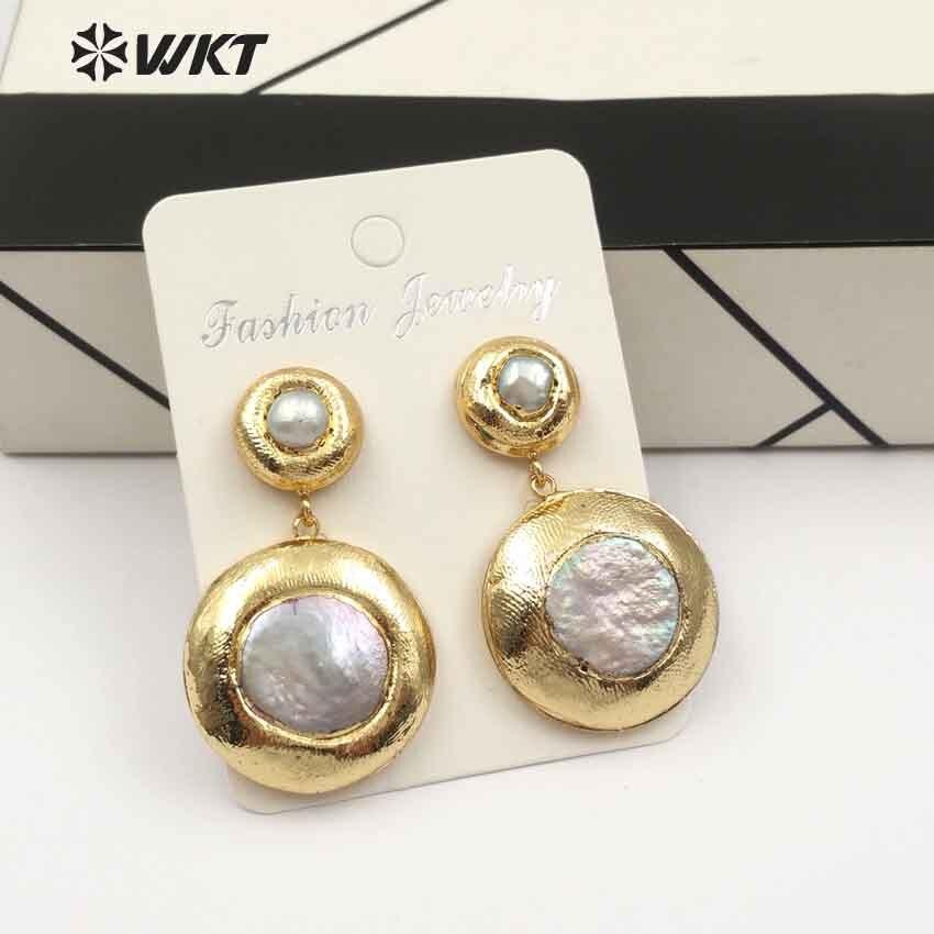 WT-E469 WKT الكلاسيكية نمط الإناث الطبيعي المياه العذبة اللؤلؤ انخفاض الأقراط جولة شكل معدن الذهب مطلي أنيقة مجوهرات
