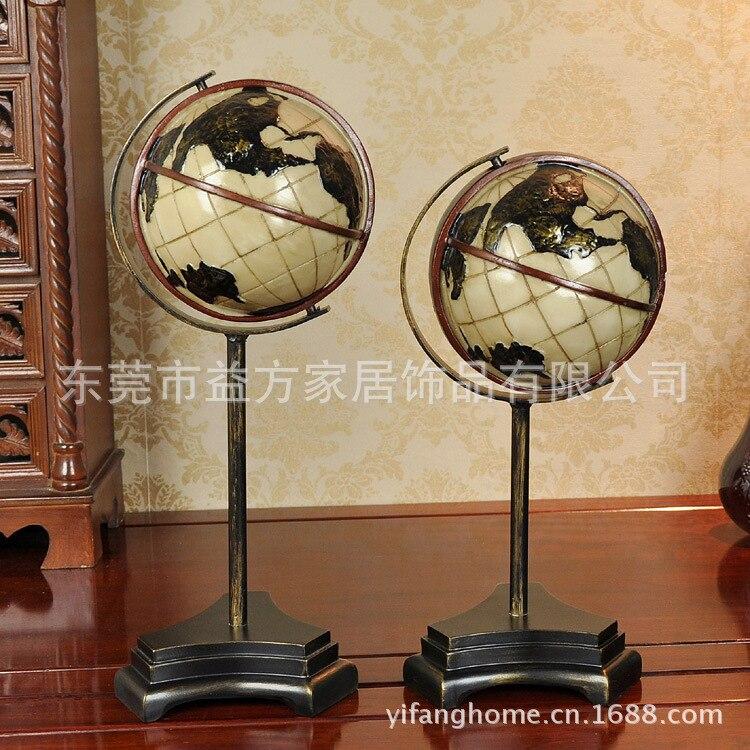 Juego de comercio de exportación de dos adornos de globo de resina adornos artesanales decoraciones para el hogar