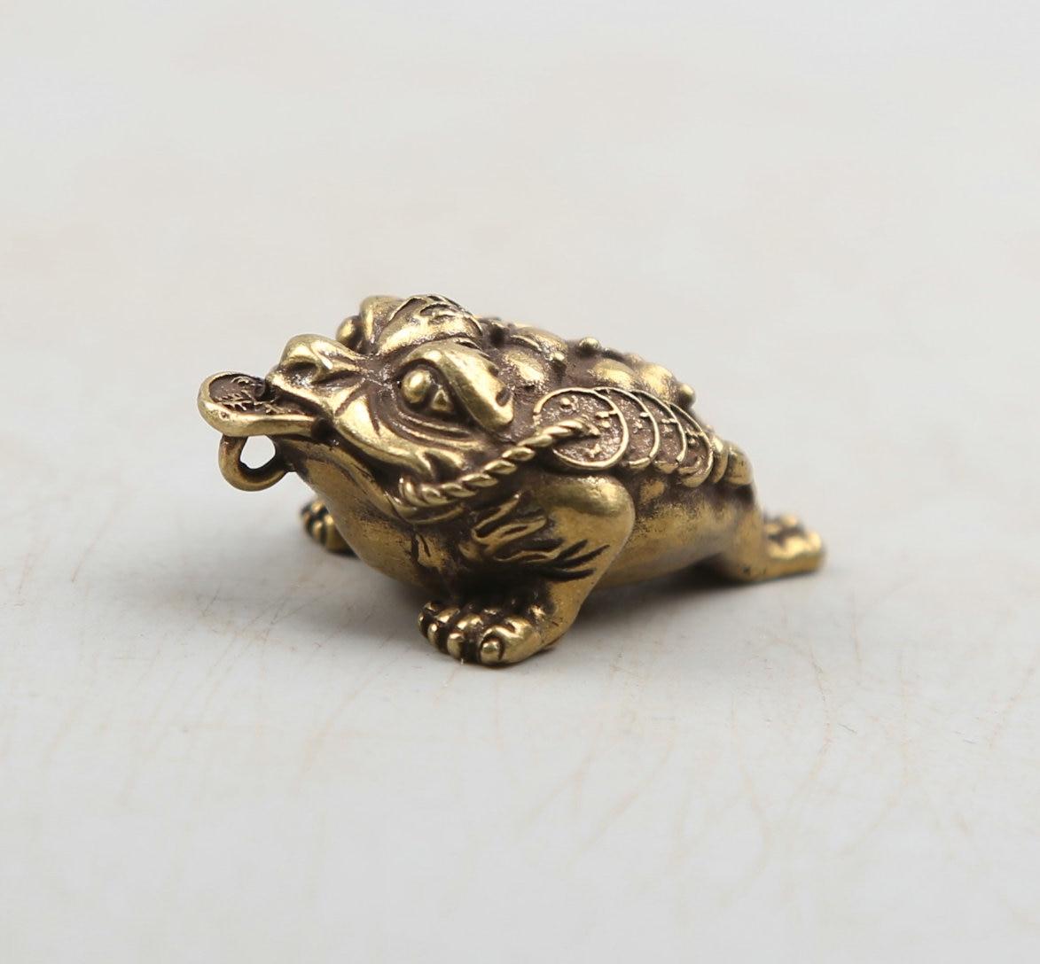 "37MM/1,5 ""recoger Curio raro BRONCE DE Fengshui chino exquisito Animal dinero Golden Xenopus Toad riqueza colgante estatua Statuary30g"