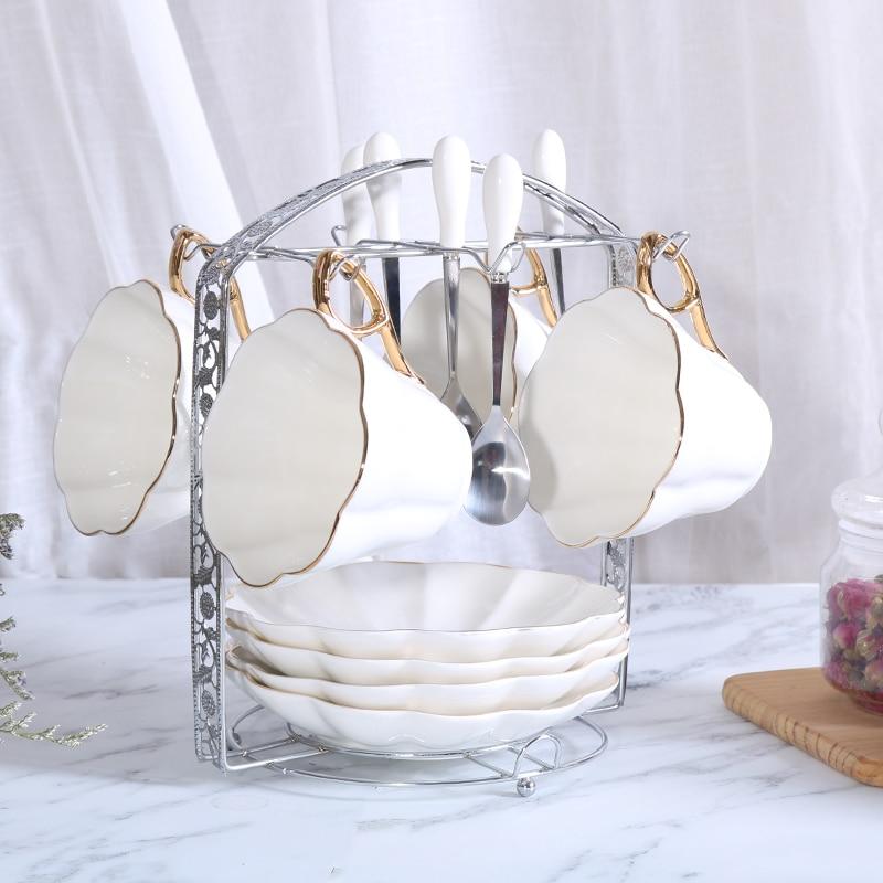 4 unids/set porcelana británica taza y platillo pintado a mano Set taza de café Taza de cerámica taza de leche pareja taza de té de la tarde
