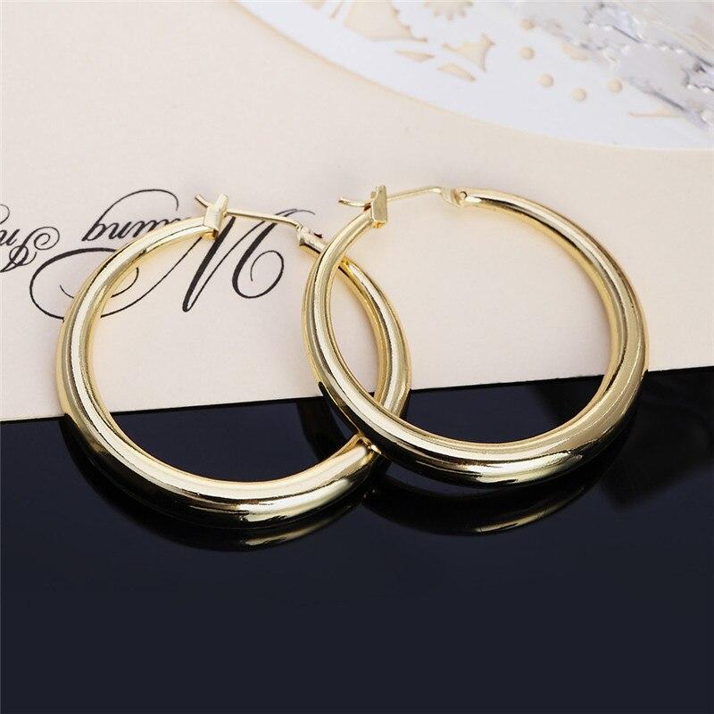 Novo popular ouro redondo crioulo círculo hoop brincos clássico piercing moda jóias femininas casual jóias esportivas para presentes de festa