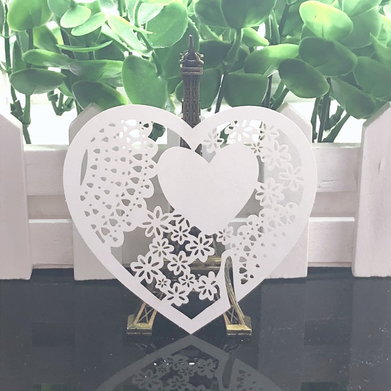 10 colores 50 Uds. Amor corazón corte láser lugar tarjeta/tarjeta para el acompañante/tarjeta de copa/copa de vino tarjeta para DIY Decoración Para celebración de boda favores