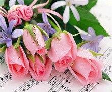 Rose Rose mosaïque fleurs strass   Note de musique, image de roses en mosaïque, strass, perceuse carrée, mode, peinture collée, décor de maison