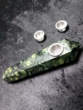Pierre de jaspe oeil de paon Madagascar   Tuyau de fumée, pierre de jaspe Kambaba verte, guérison + 2 filtres en métal