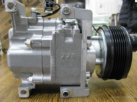 EGY16145Z EG2161450 MHJ80009 6PK CX-7 2.3L compressor ac para Mazda 2007-2009 105 milímetros