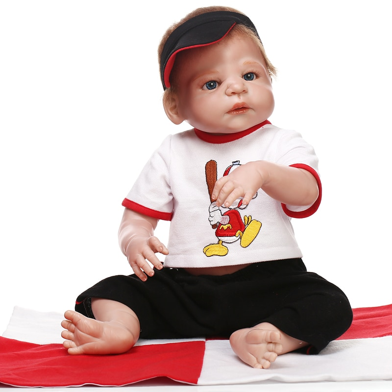 "NPK 23 ""57 cm junge silikon puppe reborn echt lebendig bebes reborn puppen für kind geburtstag geschenk verwurzelt haar baseball outfit bonecas"