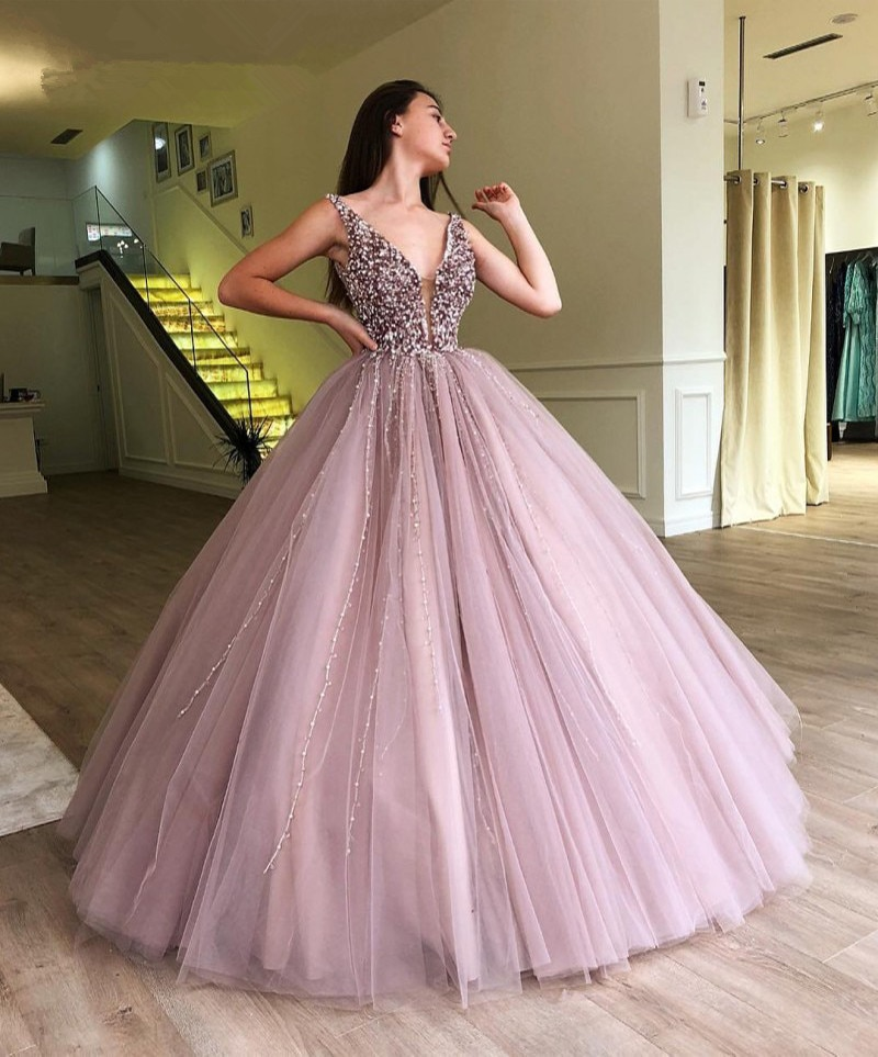 Elegant Cheap Quinceanera Dresses Ball Gown Deep V-neck Tulle Pearls Beaded Sweet 16 Dresses