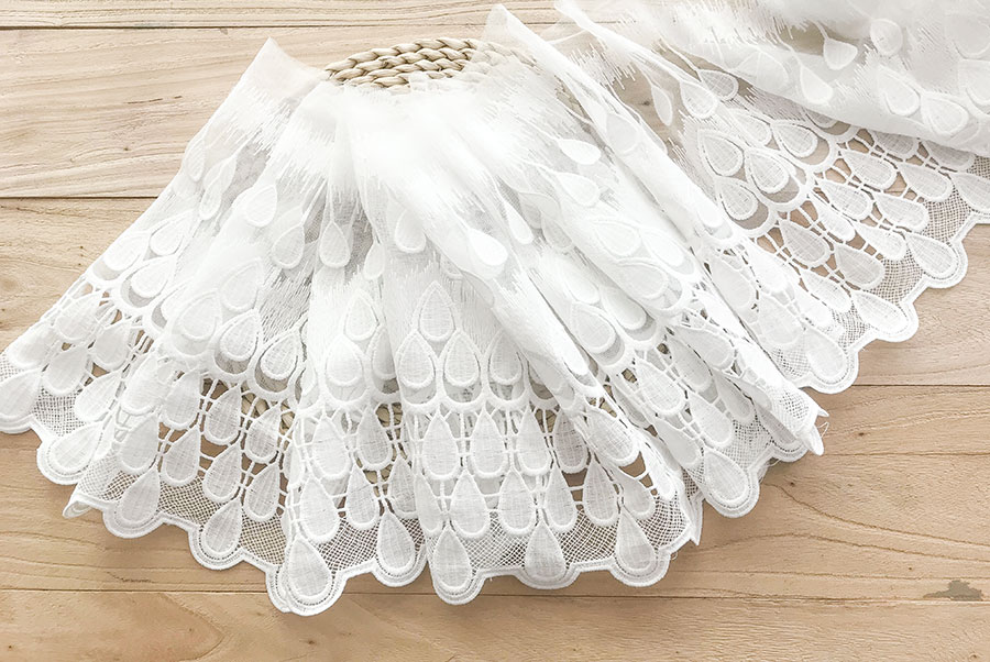 Gran oferta 29cm grueso Pavo Real soluble en agua hilo neto encaje vestido de novia falda DIY material de muñeca