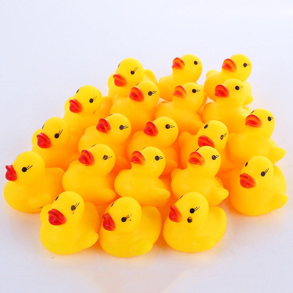 200 Uds. Bonitos juguetes de baño para bebés, animales flotantes para apretar, patos de goma amarillos, divertidos juegos de agua de baño, patos de carreras