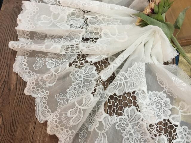 Gute sachen!! Seide Baumwolle Stickerei Hohl Blumen Feine Stickerei DIY Spitze Zubehör Stoff 1 Meter Preis