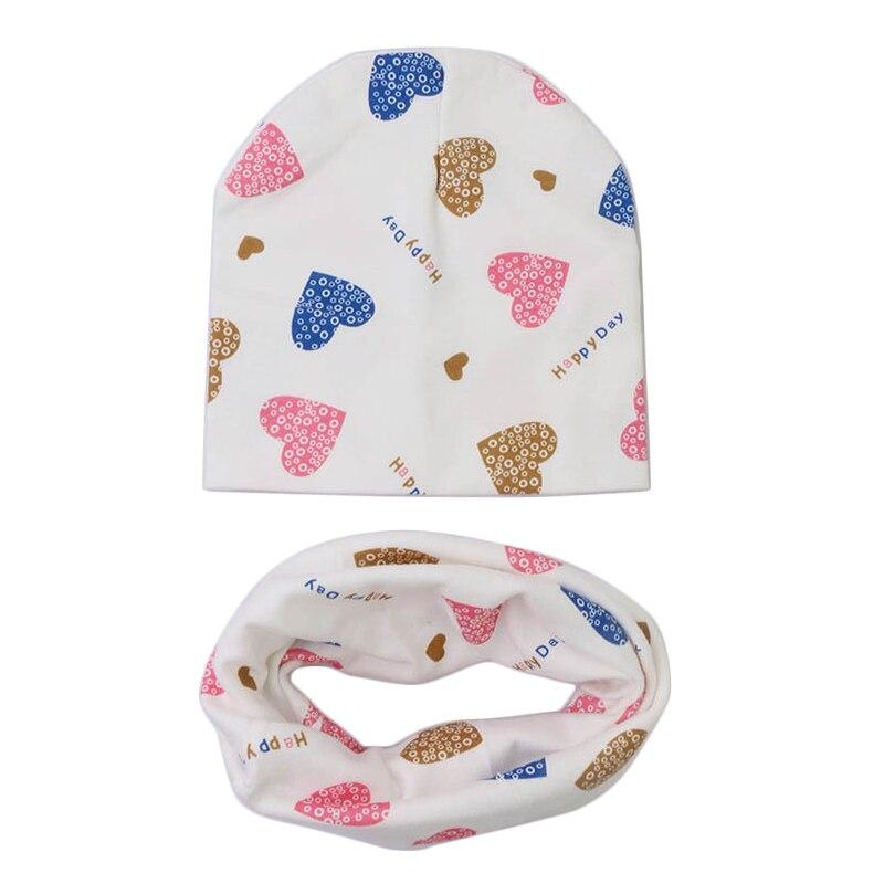 De algodón conjunto de gorro y bufanda para bebé amor corazón Impresión de invierno de los niños de primavera gorras bufandas niños niñas de punto gorros accesorios de bebé