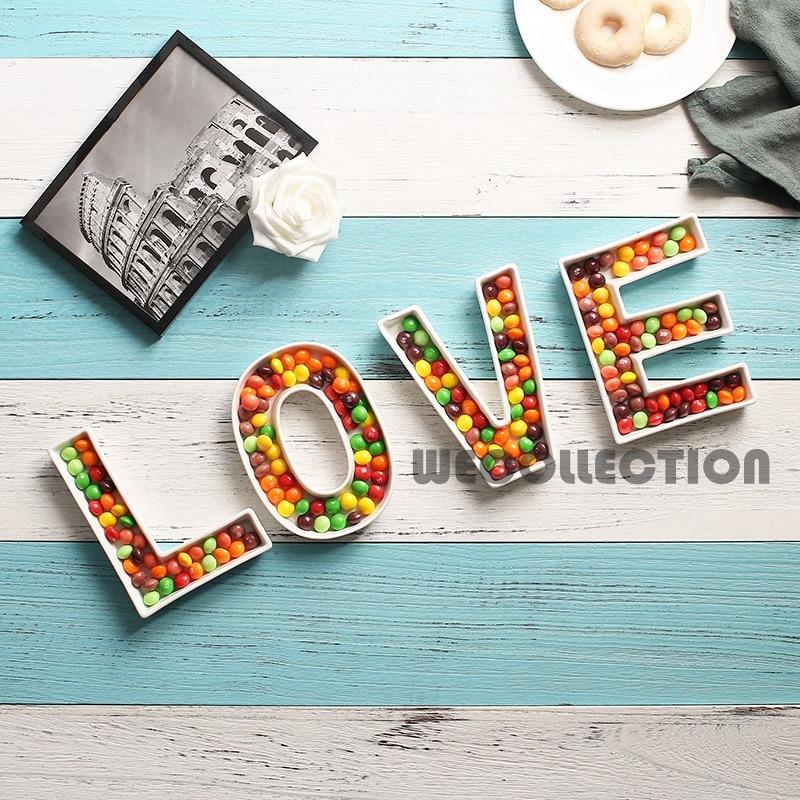 Керамическая тарелка для конфет с надписью «LOVE»-0