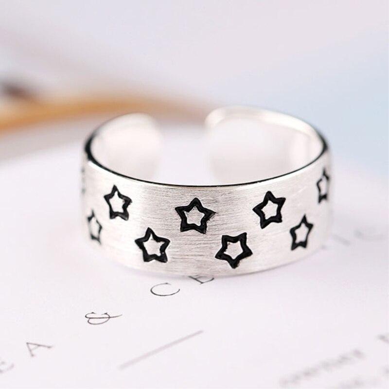 Женское-кольцо-из-серебра-925-пробы-с-рисунком-звезды