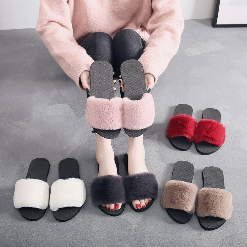 Gran oferta de zapatillas de mujer de 36-40 a la moda de piel sintética esponjosa Zapatillas de felpa Chanclas de mujer para primavera y otoño zapatos planos X4