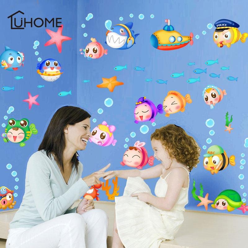 Große Unterwasser Welt Lebendige Fisch Gruppe Wand Aufkleber Kunst Aufkleber für Kinder Zimmer Fenster Badezimmer Dekor DIY Wohnzimmer Dekoration