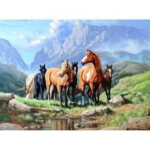 "Full Drill Square Diamond 5D DIY Diamond Painting""horse on the grass""Diamond Embroidery Cross Stitch Rhinestone Mosaic Painting"