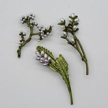 2019 Hot Sale Tin Alloy Casual/sporty Fairy Dubai Jewelry New Waxed Samaid Grass Lavender Pearl Paint Brooch Women Retro