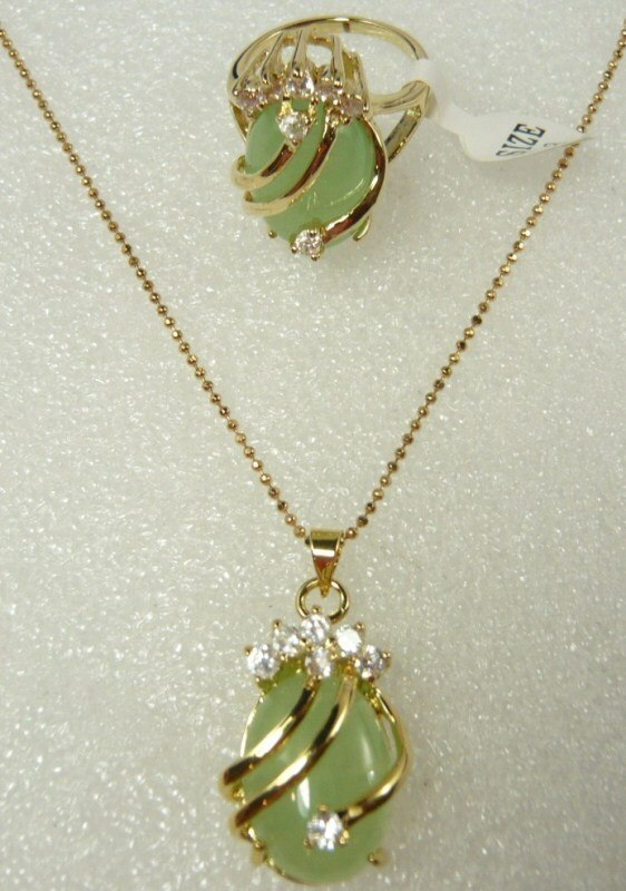 fine  Natural green jade JADE CZ pendant ring set Size: 6,7,8,9