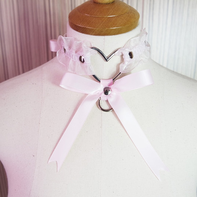 Ожерелье-чокер, на шнурках, с бантом и большим сердечком