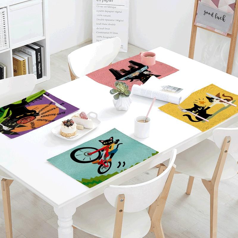 Mantel de animales de dibujos animados, 42x32cm, negro, bonito gato para bicicleta, monopatín, taza, té y café, cojín occidental para decoración de restaurante y cocina