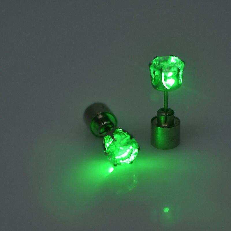 1 par de pendientes de luz LED Unisex, pendientes parpadeantes de acero inoxidable, accesorios de fiesta baile de colores