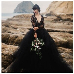 SoDigne 2018 Black Wedding Dresses Top Lace Chiffon vestido de noiva bride dress New Arrival Zip Back Wedding Dresses