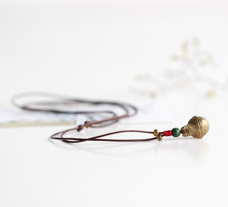 Proste mały dzwon naszyjnik ręcznie na drutach moda sweter łańcucha mała biżuteria #1311