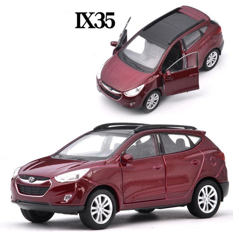 136 escala Hyundai Tucson IX35 de aleación atrás coche de juguete alta simulación de ix35 modelo abrir puertas de vehículos de juguete envío gratuito