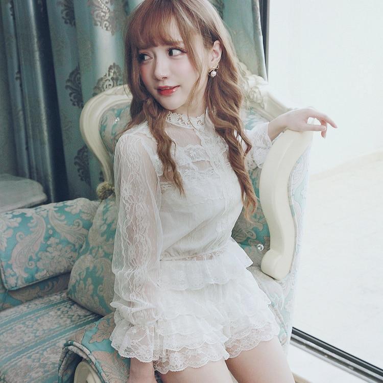 Camisa de Lolita dulce de princesa BOBON21S retro all-match suave encaje bordado cómodo diseño hueco chica sexy T1392