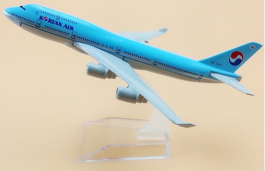 Passenger plane model Boeing 747-400 Korean Air aircraft  747-400  Metal simulation airplane model for kids toys Christmas gift