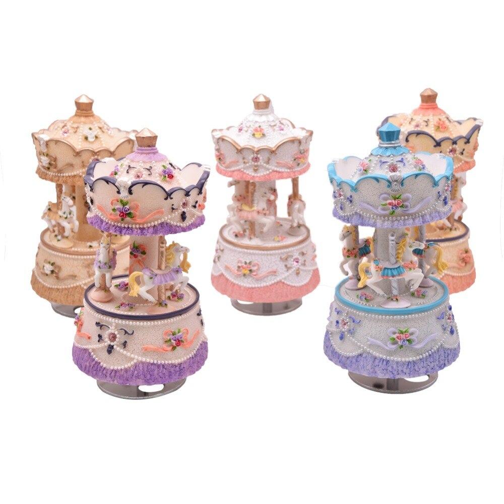 Canon Clockwork Mechanism Carousel Music Box Christmas Musical Gifts for Kids Polyresin Musical Boxe