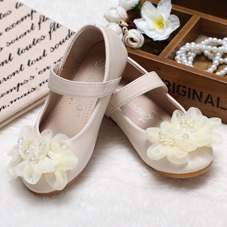 الأطفال الأميرة الأحذية الجلدية PU 2 الألوان عارضة الطفل زهرة الوردي الفتيات الأزياء العلامة التجارية أحذية طفل حزب اللباس أحذية