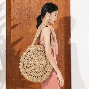 Women Handmade Round Beach Shoulder Bag Circle Straw Bags Summer Woven Rattan Handbags Messenger Leisure Vacation Tote Beach Bag
