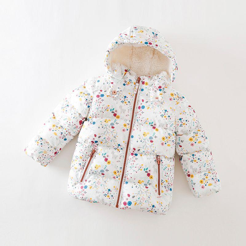 Abrigo de invierno para niñas. Abrigo para niños con capucha de terciopelo de cordero. Abrigo moderno para niñas. Ropa cálida para bebés.