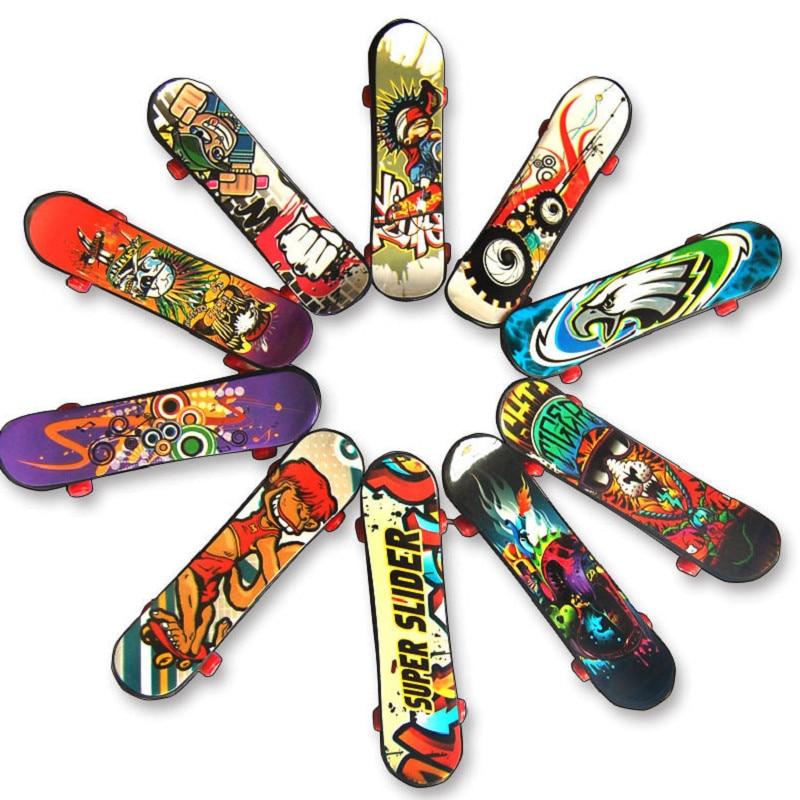 5pcs plastic mini finger skateboard fingerboard toy finger scooter skateboard boarding classic chic game boy desk toy