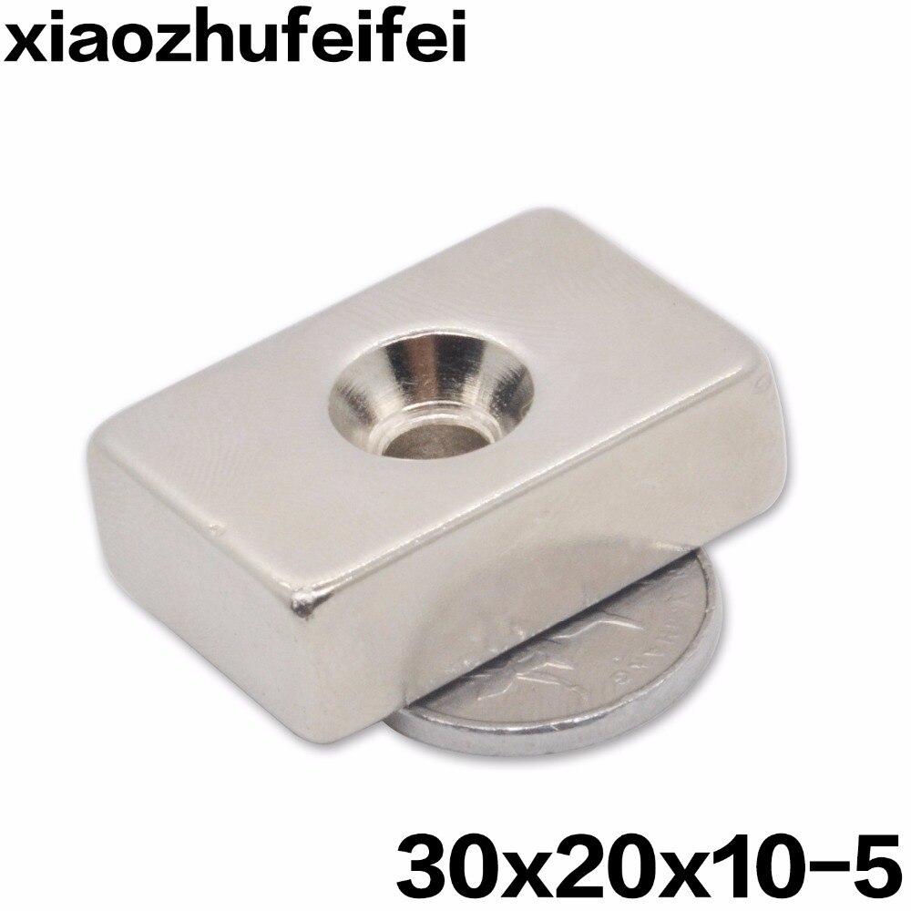 20 قطع 30x20x10 ندفيب المغناطيس 30x20x10mm مع 5 ملليمتر المسمار مسامير ثقب كتلة n35 النادرة النيوديميوم المغناطيس 30*20*10-5