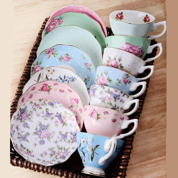 1 taza para té y café de cerámica negra de la tarde porcelana de ceniza de hueso de estilo europeo tazas de café y platillos cucharas Juego de vasos con caja de regalo