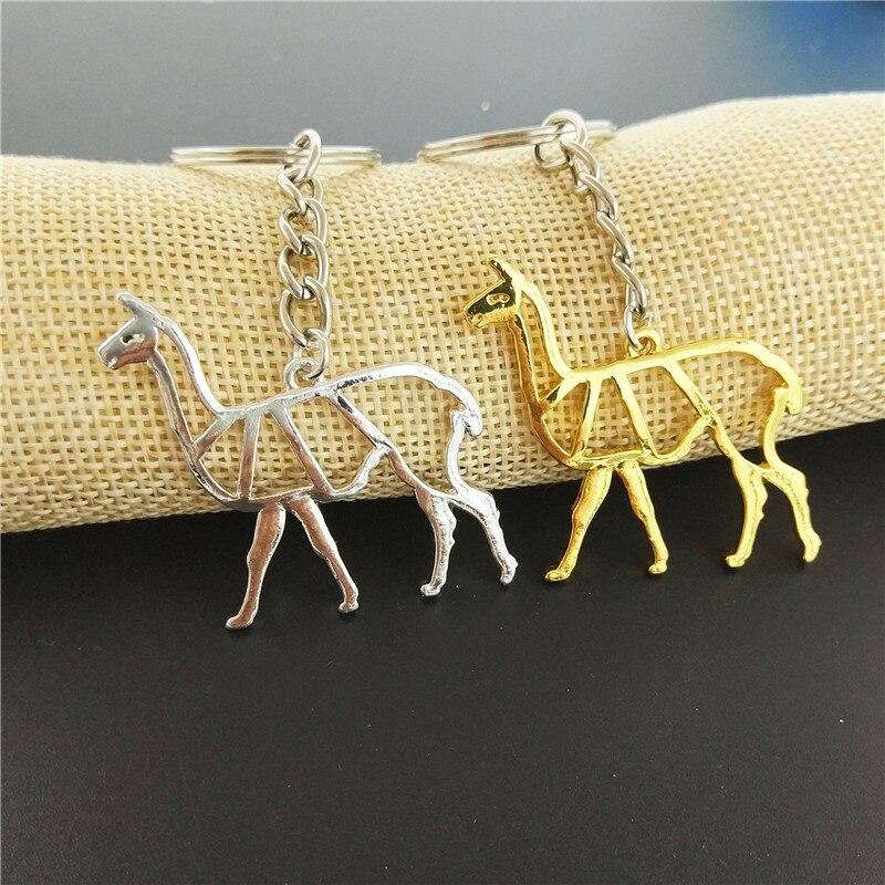 Venta al por mayor de joyería de moda Alpaca llavero lindo Origami Alpaca encanto colgante y llavero para las mujeres regalo llavero joyería personalizada