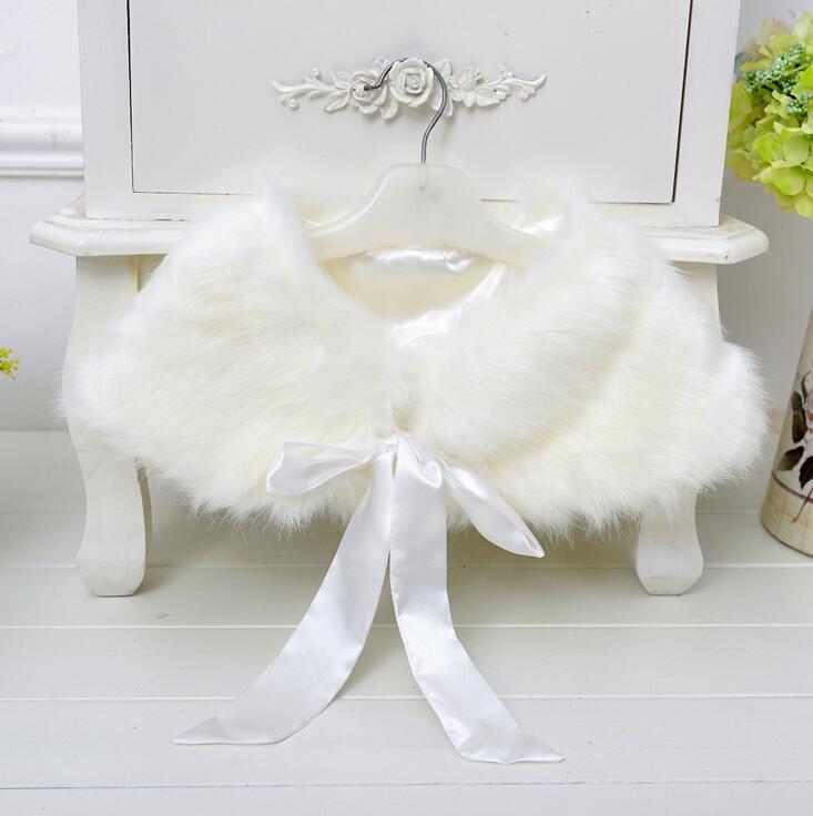 Abrigo de piel sintética para niñas pequeñas, abrigo de invierno de princesa para fiestas y bodas, prendas de vestir formales para niños