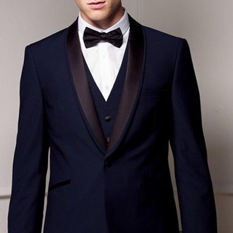 Trajes de hombre 2017 hechos a medida azul marino marrón chal solapa 2 bolsillos (chaqueta + Pantalones + chaleco + corbata + pañuelo)