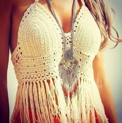 Sexy estilo de verão crochê biquíni topo artesanal praia colheita topo sexy malha franja biquíni acolchoado crochê maiô branco preto