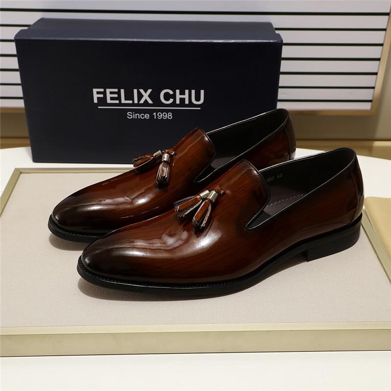 2020 Cuir verni Sans Lacet Hommes Gland Mocassin Luxe Haute Qualité Décontracté Chaussures Pour Homme Noir Marron Chaussures De Mariage