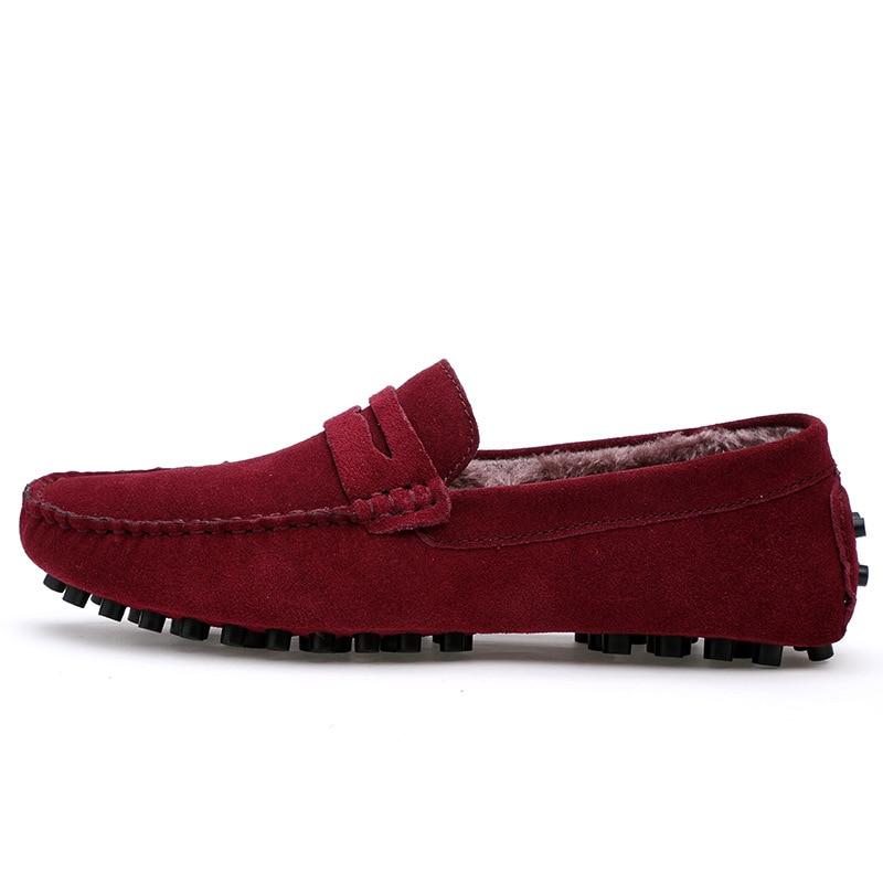 Homens Sapatos de Caminhada Tenis Masculino Adulto Mocassim sapatos de Couro Com Pele do Inverno Manter Botas Quentes Deslizar Sobre Flats Gommino Condução