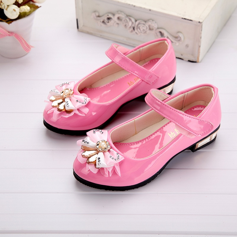 New Childrens Girls shoes  Low heeled bows Rhinestone Princess Shoes Student dancing shoes Wedding Party Girls Shoes