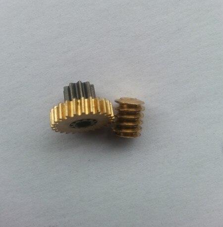 Envío gratis/10 piezas de gusano de cobre doble módulo 0,5 pequeño 3,14mm R agujero/piezas de amoladora de carne, etc.