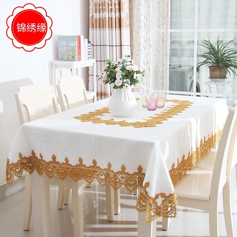 Pa. Un conjunto de manteles de satén de alta calidad Floral aplique dorado con marca de agua, incluyendo manteles, manteles, cubiertas y alfombrillas para Sillas